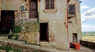 Terratetto, Terracielo in Vendita in Via Teverina a Orte Rif. 5 ort
