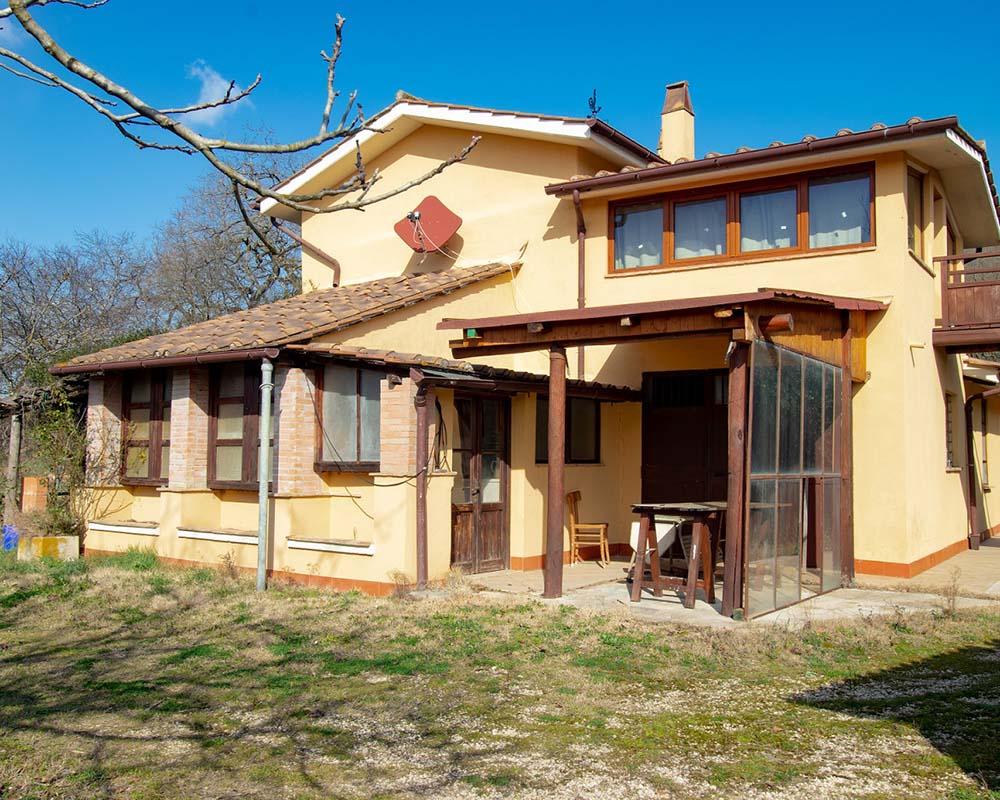 Rustico, Casale in Vendita in Località La Barca a Penna in Teverina Rif. 5pen