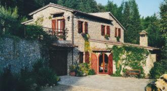 Rustico, Casale in Vendita in Vocabolo Nioli a Giove Rif. 12gio