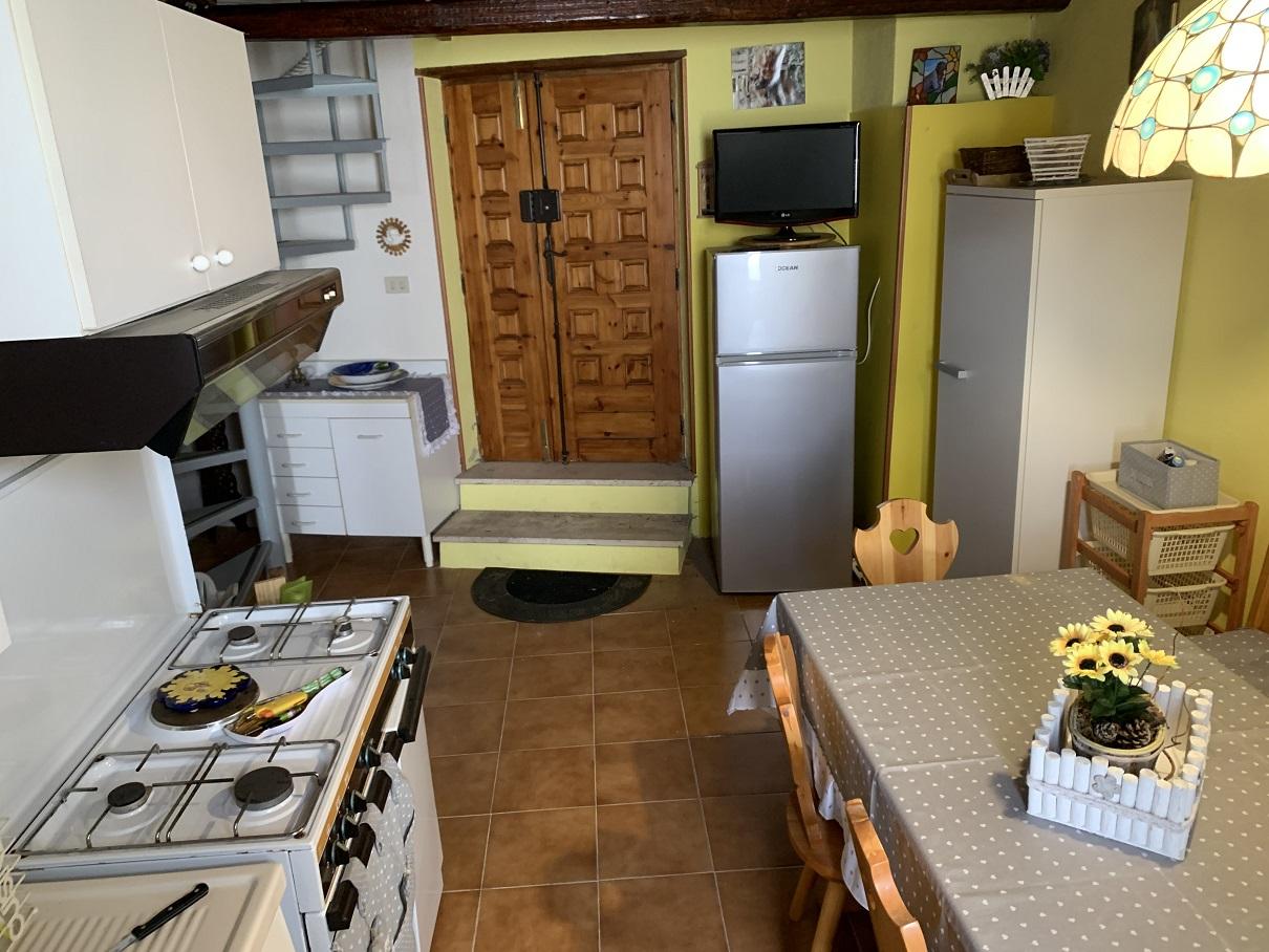 Porzione Di Casa in Affitto in Via Marconi a Penna in Teverina Rif. 24pen