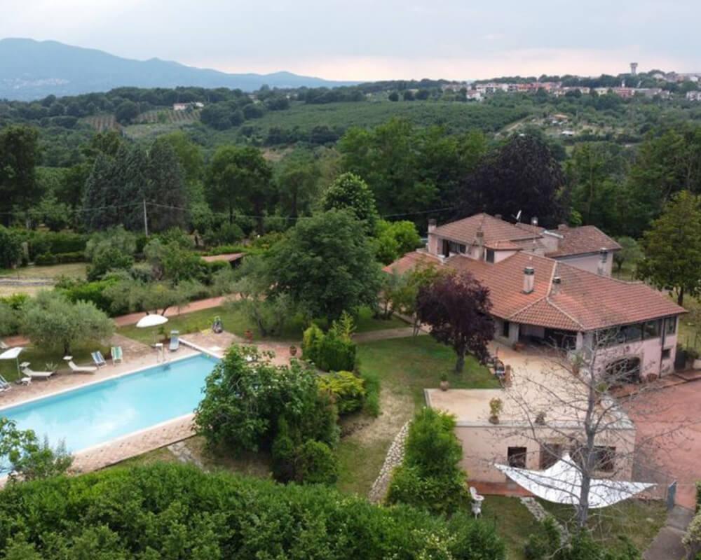 Villa con piscina Orte